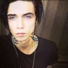 Black Veil Brides ❤ liked on Polyvore featuring black veil brides and people