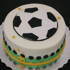 soccer cake-want to do this for the bfs bday cake!