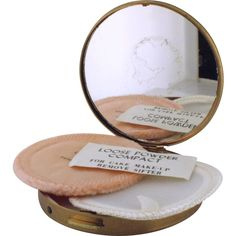 Vintage Zell Fifth Avenue Powder Compact never used ❤ liked on Polyvore featuring beauty products, makeup, face makeup, face powder, beauty and loose face powder