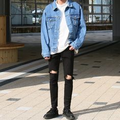 Korean Fashion Trends you can Steal – Designer Fashion Tips Grunge Outfits, Trendy Outfits, Fashion Outfits, Boy Outfits, Winter Outfits, Kpop Fashion, Summer Outfits, Vans Fashion, Fashion Hacks