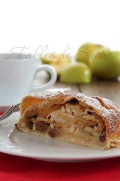 Strudel di mele, come lo facciamo in Trentino: con la pasta matta, mele renetta, uvetta, pinoli, cannella e tanto amore. Per un frutto che ci rappresenta.