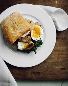 bacon-and-egg-sandwich-4.jpg (790×999)