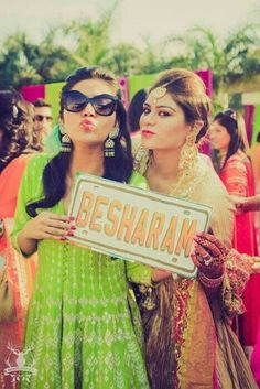 Dulhan Bride Indian Pakistani Desi Wedding Dulha Groom Henna ...