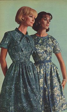 1960s Dresses & Skirts: Styles, Trends & Pictures day dress office casual full skirt blue floral summer short sleeves models print ad magazine