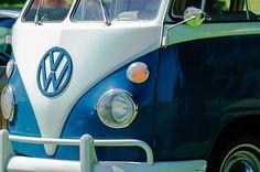 Volkswagen Images by Jill Reger - Images of Volkswagens - VW Images - 1965 Volkswagen 11 Window Kombi Bus