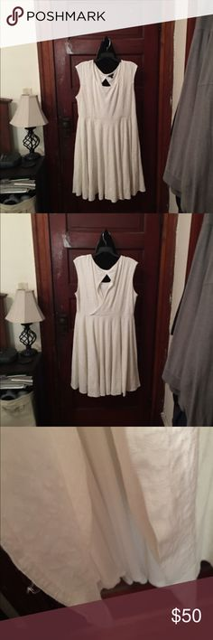 🇺🇸❣️EUC IVORY TORRID SWIRL DRESS🇺🇸❣️ ❣️🇺🇸👗This dress has been worn only ONE time, two years ago for my goddaughters christening and has been hanging in my closet since then, it needs someone to love it and wear it❣️Perfect for summer outings or with a shrug for those cooler nights👗🇺🇸❣️It does have an ivory underlay and has a beautiful textured appearance plus it's very flattering on( it actually looked like I had a waist lol)👗🇺🇸❣️ torrid Dresses Midi