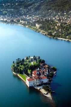 Le Isole Borromee... Lago Maggiore - Piemonte, Italia #Yamadu - https://www.yamadu.it