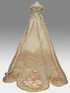 Court gown, late 1880's. Chilean.