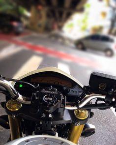 Cb 250 Twister, R35 Gtr, Vw Gol, Bike Photoshoot, Stranger Things Netflix, Cbr, Cars And Motorcycles, Guns, Vehicles