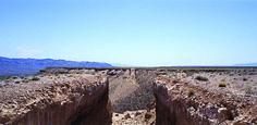 Double Negative (1970), de Michael Heizer, duas fendas de 9 metros de largura e 15 de profundidade no Deserto de Nevada (Foto: Tom Vinetz/Obra de Michael Heizer/Triple Aught Foudantion. Cortesia do artista e Gagosian Gallery)