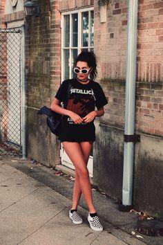 Grunge Outfit | Street Style | Fashion | Alternative | OOTD | Grunge Street Wear | Fall Look | Aniyahlationn | Band Tee | Checkered Vans |