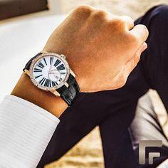 """7ac0a94bdd Frattina on Instagram  """" RogerDubuis Excalibur ⌚ O clássico com um toque de  diamantes  Frattina"""""""