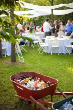 Wheelbarrow as a cooler - Simply Blue Weddings