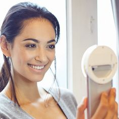 Get a perfect selfie every time when using a selfie ring light iphone and most smart phone devices. We all know how frustrating it can be when you have to Ring Light For Camera, Light Ring, Gifts For Kids, Gifts For Women, Ring Lamp, Iphone Gadgets, Perfect Selfie, Mobile Accessories, Belle Photo