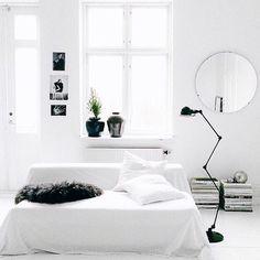 Take a look at this unique Scandinavian home decor | www.delightfull.eu/blog #scandinavianhomedecor #scandinaviandecor #scandinavianlighting