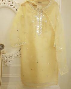 Ideas Party Dress For Women Wedding Fun Simple Pakistani Dresses, Pakistani Fashion Casual, Pakistani Wedding Outfits, Pakistani Bridal Dresses, Pakistani Dress Design, Indian Outfits, Stylish Dresses For Girls, Stylish Dress Designs, Simple Dresses