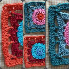 A couple of #willowsquare by #janeaton . #crochet in #stylecraftspecialdk and 5mm hook.  #spicycolor #virka #haken #hækling #ganchillo #häkeln #mormorsrutor #crochetblanket #grannysquare #grannysquares #crochetersofinstagram #homemade #handmade #madeinspeke #brightcolors #brightcolours #spicycolour by marian_jones_