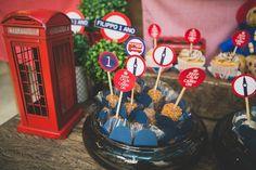os detalhes de uma Festa de 1 ano com o tema Londres para menino. | Vestida de Mãe | Blog sobre Gravidez, Maternidade e Bebês por Fernanda Floret