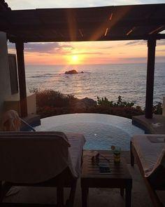 Punta Mita Four Seasons! - Luxury Home Dream Home Design, My Dream Home, House Design, Future House, Exterior Design, Interior And Exterior, Ideas Terraza, Beautiful Homes, Beautiful Places