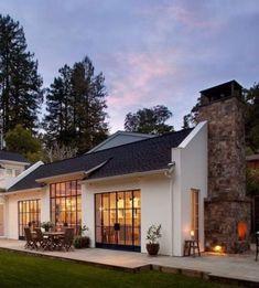 23 beautiful modern farmhouse exterior design ideas 53 … - Home & DIY Home Styles Exterior, Exterior Design, Residence Architecture, Modern Farmhouse Exterior, Farmhouse Ideas, Ranch Exterior, Rustic Exterior, Dream House Exterior, Simple House Exterior
