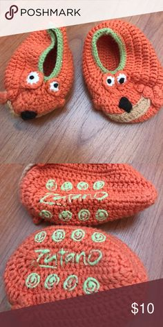 Zutano Fall Baby Gripper Booties Sweater baby booties. 0-3 months. Orange and green with a dog face. Never worn. Zutano Shoes Baby & Walker