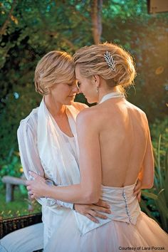 Portia de Rossi & Ellen Degeneres  What a beautiful photograph.  A review of Portia de Rossi's book.