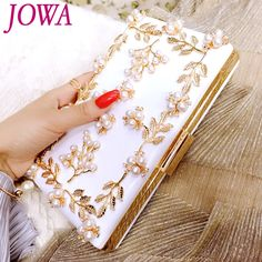 2017 Women's Fashion Evening Bags Pearl Flower Handbag Quality PU Casual Clutch Mini Chain Bag Wedding Party Package Night Purse