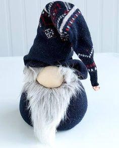 Ötletes Blog: A legegyszerűbb skandi manó régi pulcsiból