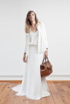 1000 id es sur vestes de robe de mariage sur pinterest robes de mariage avec manches veste de. Black Bedroom Furniture Sets. Home Design Ideas