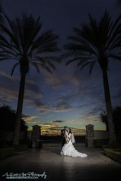 Tuscan Garden, Kingsburg, CA, Wedding photography, bride groom, palm trees,  sunset, flowers, dress, Vail, kiss