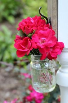 How to Make a Hanging Mason Jar Vase - Thistlewood Farm by MyLittleCornerOfTheWorld