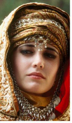 Eva Green...beautiful costuming and kohl rimmed eyes for Kingdom of Heaven