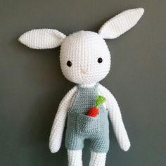 Bunny made by me. #kessedjian #amigurumi #crochet #bunny #carrot