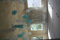 The Ice Palace! Snowflakes and icicles galore, plus a few snowballs for throwing!