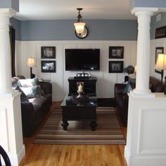 Benjamin Moore Pikes Peak Gray Love The Height Of Wainscoting Coastal Family Rooms