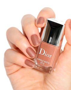 Dior Nail Polish, Dior Nails, Pastel Nail Polish, Nail Polish Colors, Classy Nails, Stylish Nails, Trendy Nails, Nail Paint Shades, Neutral Nail Color