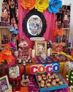 Carolina V's Birthday / Coco - Photo Gallery at Catch My Party Coco Disney, Disney Art, Mexican Birthday Parties, Mexican Party, Day Of The Dead Party, Fiesta Theme Party, 2nd Birthday, Birthday Ideas, Bday Party Ideas