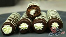 Candy Recipes, Sweet Recipes, Baking Recipes, Köstliche Desserts, Delicious Desserts, Yummy Food, No Bake Cookies, No Bake Cake, Mint Chocolate