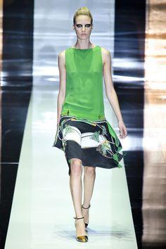 Gucci at Milan Fashion Week Spring 2012 - Runway Photos