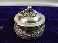 Jewellery Storage, Jewelry Box, Unique Jewelry, Pill Boxes, Handmade Silver, Antique Silver, Etsy, Vintage, Antiques