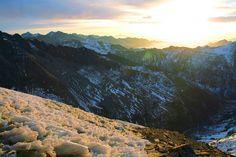 Sunrise over the third sister: Sanguniang © Yu Zhang / Shutterstock