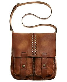 Patricia Nash Messenger Bag-local from Bend Or! Love it- my new go to everything gal! Vintage Purses, Vintage Handbags, Leather Purses, Leather Handbags, Leather Bags, Real Leather, Brown Leather Messenger Bag, Messenger Bags, Patricia Nash