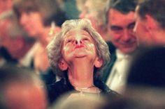 Muere la Premio Nobel de Literatura Wislawa Szymborska. DEP.