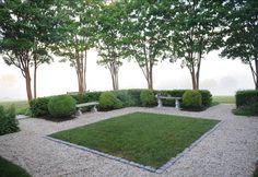 25 Interesting Small Garden Design Ideas That Is Stillto See. If you are looking for Small Garden Design Ideas That Is Stillto See, You come to the right place. Below are the Small Garden Design Idea. Formal Gardens, Outdoor Gardens, Landscape Architecture, Landscape Design, Pea Gravel Patio, Gravel Path, Gravel Garden, Exterior, Green Landscape