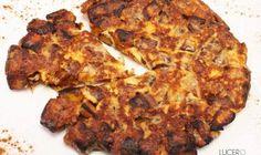 TORTILLA PAISA DE MADURO Y QUESO Queso, Cauliflower, Tortilla, Bacon, Vegetables, Breakfast, Food, Empanadas Recipe, Food Cakes