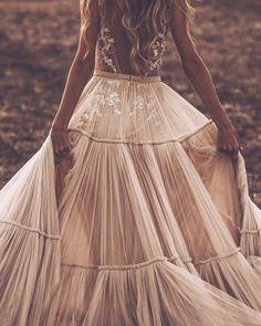 Best Wedding Dresses, Boho Wedding Dress, Boho Dress, Bridal Dresses, Wedding Styles, Wedding Gowns, Prom Dresses, Summer Dresses, Chic Wedding