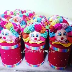 Latas decoradas palhacinho 3d 3d, Instagram, Cake, Kuchen, Torte, Cookies, Cheeseburger Paradise Pie, Tart, Pastries