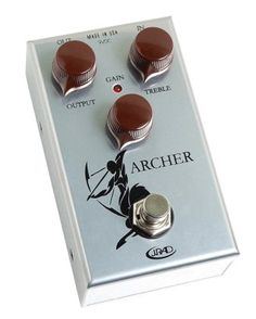 Rockett Audio The Archer Overdrive and Boost Pedal: The Archer is on-point when it comes to organic overdrive. Its gain knob blends a distorted signal with your clean tone, offering a quiver full of sounds. Guitar Garage, Boost Pedal, Audio Design, Pedalboard, Guitar Pedals, Guitar Picks, Archer, Things To Come, Sweet