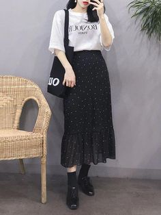 Look at this Stylish korean fashion outfits Korean Girl Fashion, Korean Fashion Summer, Korean Fashion Trends, Korean Street Fashion, Ulzzang Fashion, Korea Fashion, Asian Fashion, Daily Fashion, Korean Summer