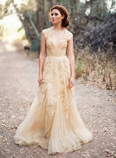 Vintage Lace Wedding Dresses Appliques Beading V Neck Court Train Tulle Lace Wedding Gowns Como Bridal Gowns Wedding Dresses Sale Wedding Dresses Vintage From Gonewithwind, $150.76| Dhgate.Com